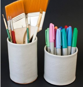 Faux-Leather-Pencil-Cup