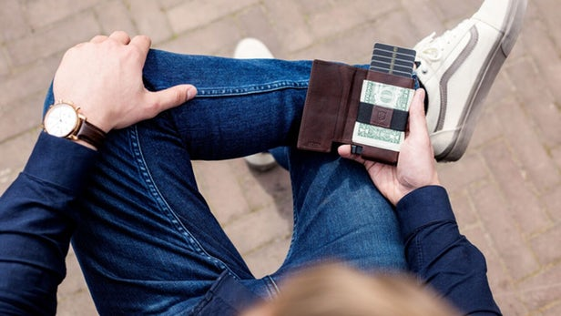 Solar-Powered-Wallet-