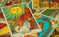 Como Iniciar un Negocio de Lectura de Tarot