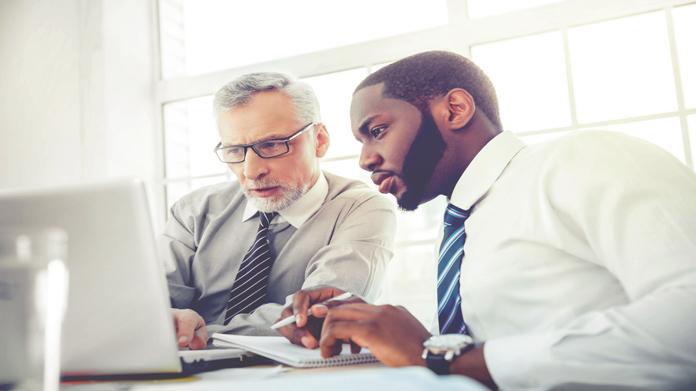 Cómo iniciar un negocio de asesores profesionales
