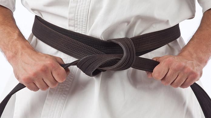 Cómo iniciar un estudio de artes marciales