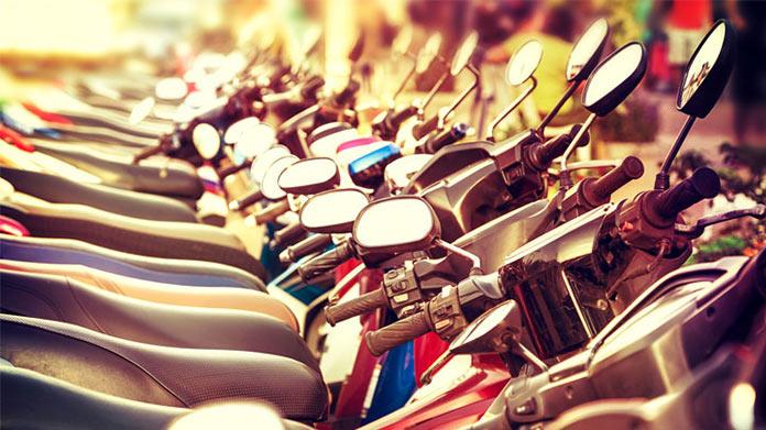 Cómo iniciar un negocio de alquiler de scooters