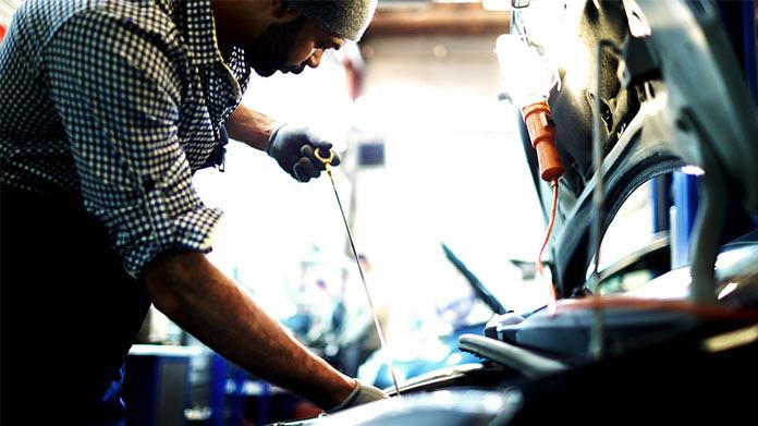 Cómo iniciar un pequeño negocio de reparación de motores